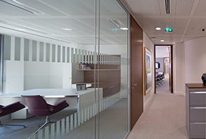 Double glazed frameless partitions