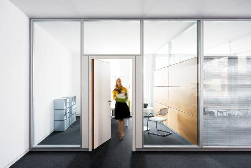 Fire rated glass partitions